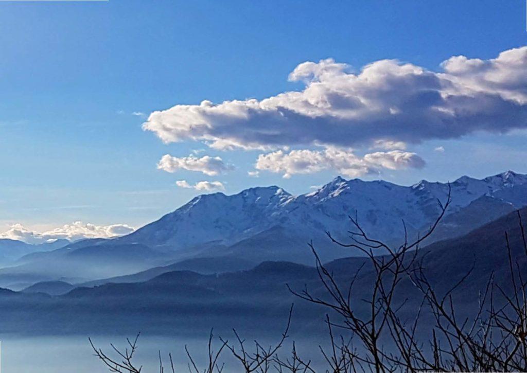 https://www.progettoempatia.com/wp-content/uploads/2020/03/Luna-va-in-montagna-c-09-2019-Olivucci-rel.03-9.09.2019_Rev.-stampa-light_Pagina_129-1024x725.jpg